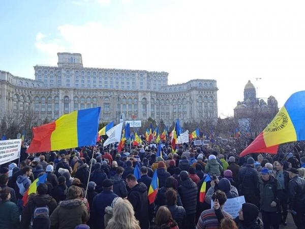 Proteste în toate marile orașe din România împotriva  impunerii obligativității vaccinării