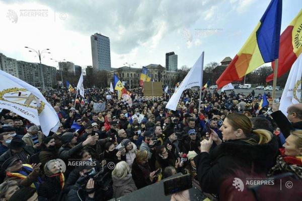Proteste în toată țara faţă de măsurile restrictive impuse de pandemie