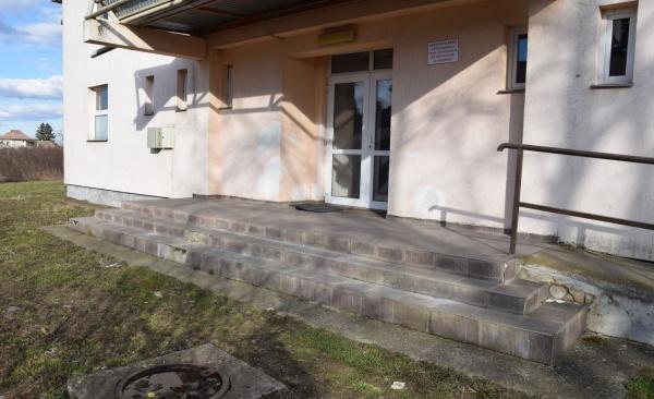 Centru de Vaccinare amenajat de Primăria Carei în clădire fără securitate la incendiu