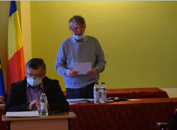 Administratorul public Beko Tamas a explicat pe înțelesul tuturor proiectul  de buget. Cât primesc CSM Victoria  și Fundația de turism