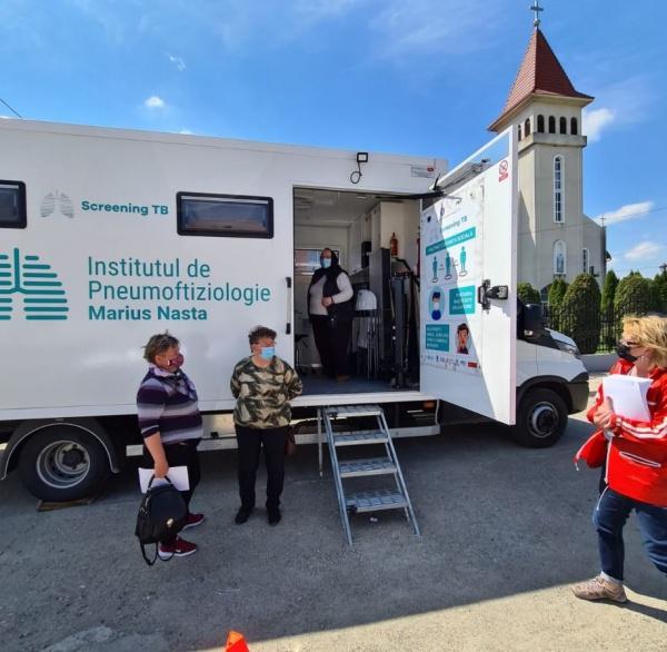 Comunele sătmărene care beneficiază de serviciile gratuite ale caravanei medicale de  sănătate a plămânilor
