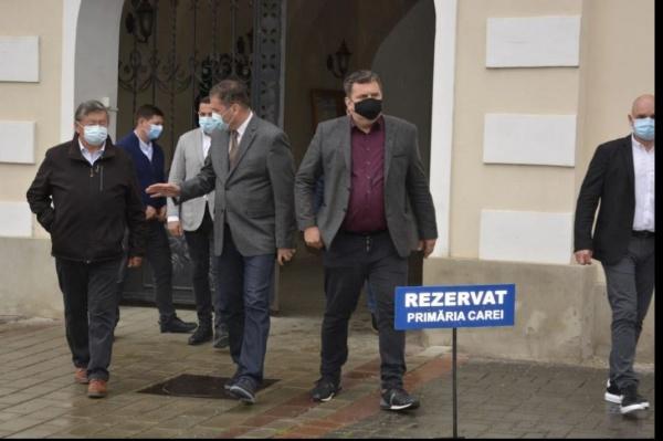 Se ascunde vizita ministrului Cseke la Primăria Carei