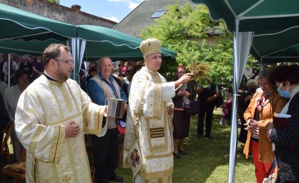 PS Episcop Virgil Bercea a fost prezent la hramul parohiei Sf. Anton de Padova din Carei