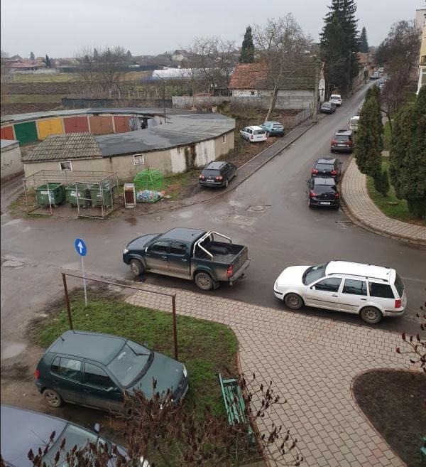 Solicitări pentru parcări pentru persoane cu dizabilități din cartierul Mihai Viteazul I. Online exclus