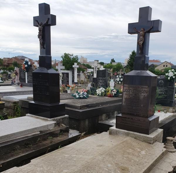 Au fost curățate mormintele unor români participanți la Marea Unire. Urmează reabilitarea lor