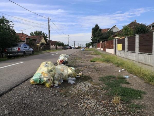 Careienii cer ajutorul viceprimarului Keizer pentru preluarea sacilor galbeni cu deșeuri