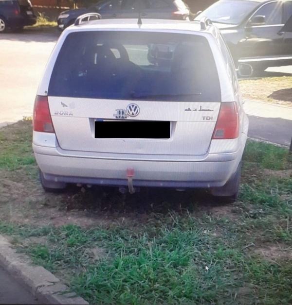 Amenzi la Carei pentru parcări necorespunzătoare în zona ștrandului