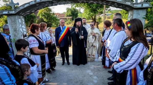 Târnosirea bisericii din Scărișoara Nouă