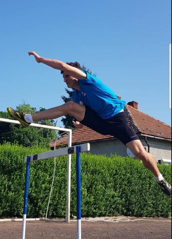 Careianul Vlad Turcu vicecampion național la 110 m garduri