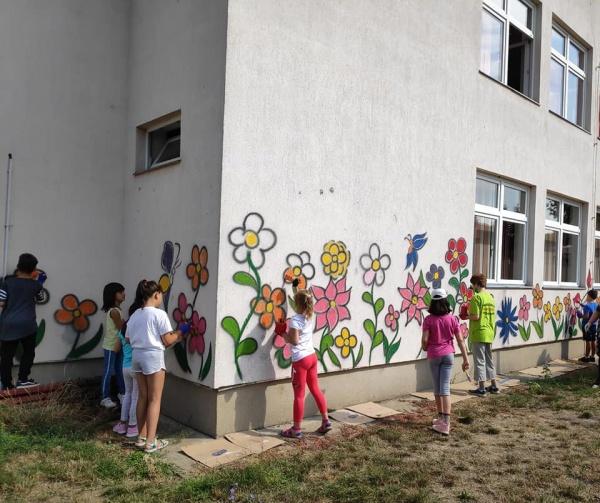 Picturi murale la Școala Gimnazială nr.1 Carei