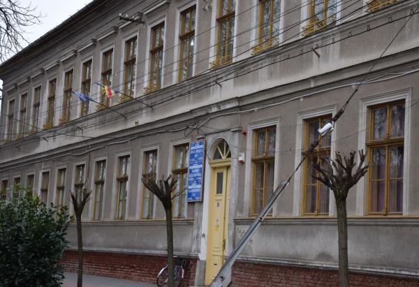 Numiri de directori în județ. Inspectoratul județean vrea director nou la Școala Gimnazială nr.1 Carei