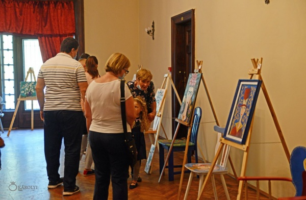 Expoziția de pictură a consilierei Carmen Todea